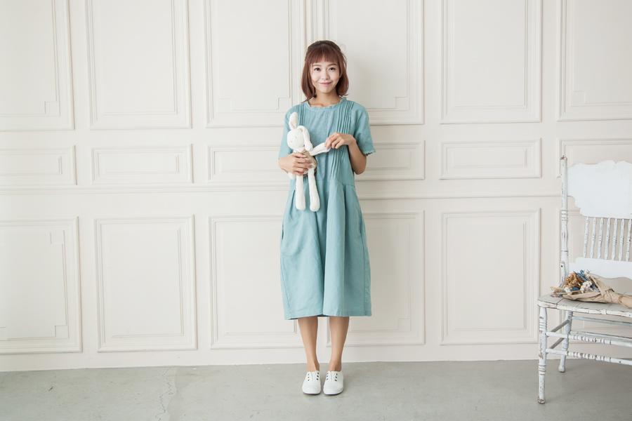 台中女裝拍攝自然光網拍景租借提供網拍攝影師日系韓系風格